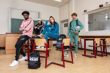 Jongeren in klaslokaal